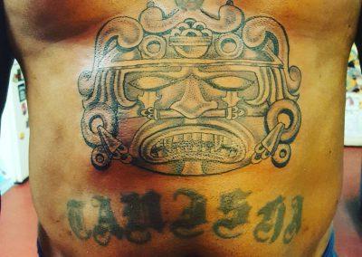 Tattooz op je buik zijn mooi en het doet pijn 😎🤘maar soldaat!