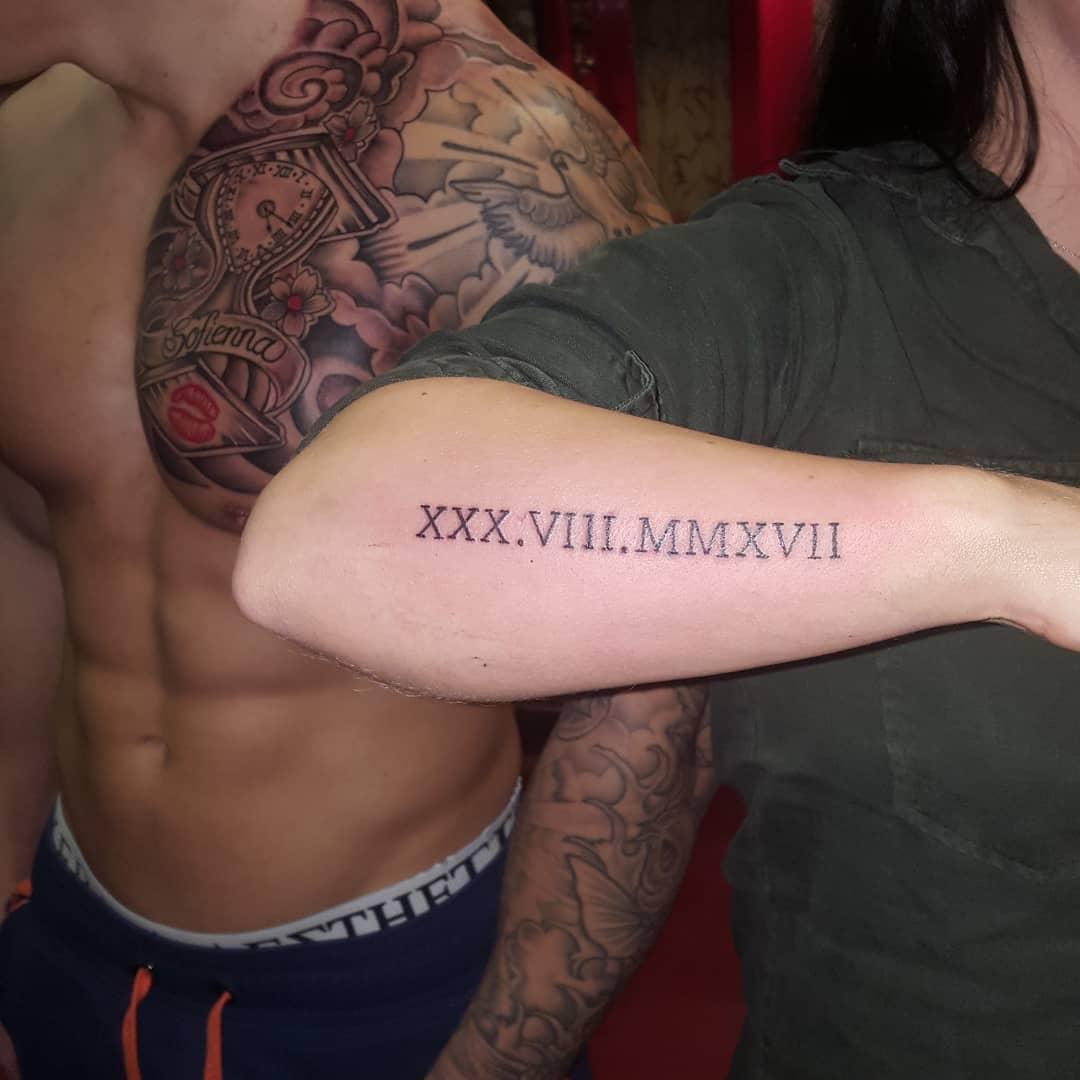 First born ...vanaf nu geen maagd meer..qua tattoos ??